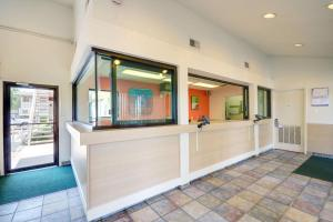Motel 6 Houston-Baytown East, Hotels  Eldon - big - 38