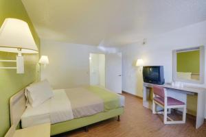 Motel 6 Houston-Baytown East, Hotels  Eldon - big - 50