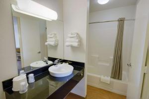 Motel 6 Houston-Baytown East, Hotels  Eldon - big - 55