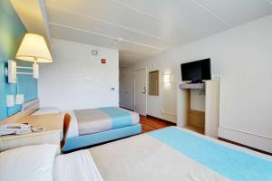 Motel 6 Newport Rhode Island, Отели  Ньюпорт - big - 31