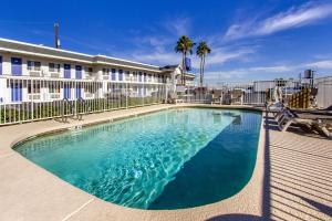 Motel 6 Phoenix Airport - 24th Street, Hotels  Phoenix - big - 46