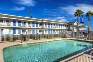 Motel 6 Phoenix Airport - 24th Street, Hotels  Phoenix - big - 44