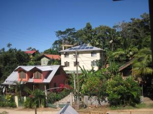 Roatan Backpackers' Hostel, Hostelek  Sandy Bay - big - 130