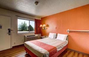Motel 6 Wells, Hotel  Wells - big - 57