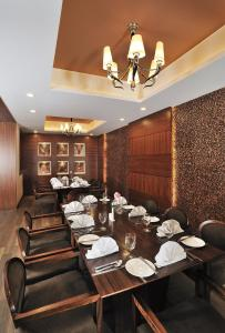 Marina- Shimla First Designer Boutique Hotel, Hotel  Shimla - big - 26