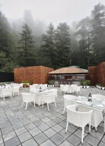 Marina- Shimla First Designer Boutique Hotel, Hotel  Shimla - big - 27