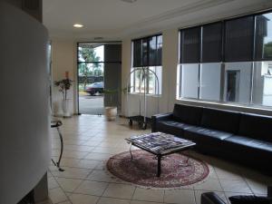 Residence Hotel, Hotely  Dourados - big - 24