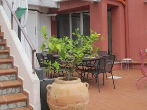 Casa Rossa, Bed & Breakfast  Monreale - big - 49