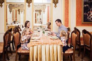 Hotel Versailles, Szállodák  Luck - big - 39