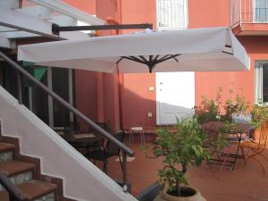 Casa Rossa, Bed & Breakfast  Monreale - big - 51