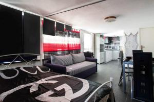 Wavedance Accommodation