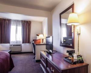 Quality Inn & Suites Eldridge Davenport North, Hotel  Eldridge - big - 14