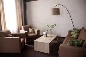Hotel Versailles, Szállodák  Luck - big - 14