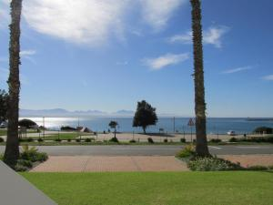 Point Village Accommodation - Santos 7, Apartments  Mossel Bay - big - 10