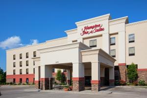 Hampton Inn and Suites Canton