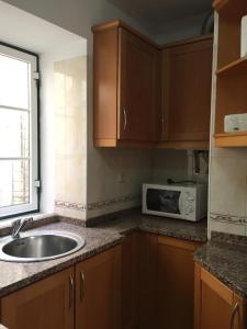 FADO Bairro Alto - SSs Apartments, Апартаменты  Лиссабон - big - 42