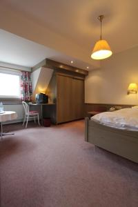 Hotel Gasthaus Tröster, Hotely  Schmallenberg - big - 8