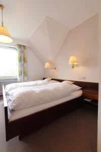Hotel Gasthaus Tröster, Hotely  Schmallenberg - big - 6
