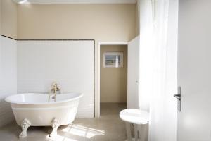 Mas de Lafeuillade, Bed & Breakfast  Montpellier - big - 7
