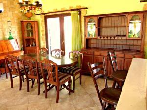 Coral Bay Villa Liana, Holiday homes  Coral Bay - big - 21