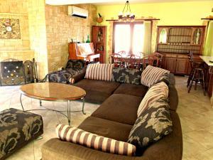 Coral Bay Villa Liana, Holiday homes  Coral Bay - big - 24