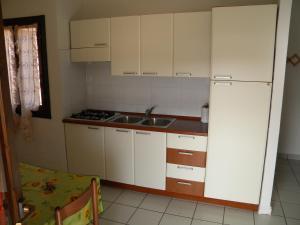 Sardamare Casa Vacanze, Apartmánové hotely  Torre Dei Corsari - big - 20