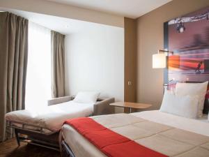 Habitación Clásica con cama doble y sofá cama