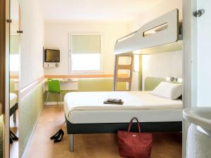 ibis budget Istres Trigance, Hotely  Istres - big - 34