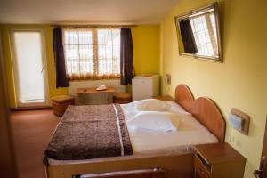 Pensiunea Cornelius, Guest houses  Piatra Neamţ - big - 11