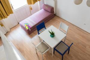 Colorful Ernesto, Apartments  Budapest - big - 49