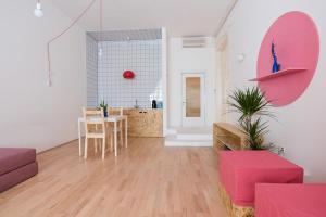 Colorful Ernesto, Apartments  Budapest - big - 2