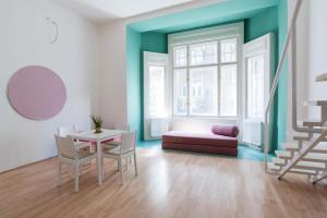 Colorful Ernesto, Apartments  Budapest - big - 13
