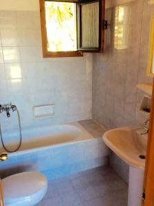 Manos Studios, Apartments  Platis Yialos Mykonos - big - 20