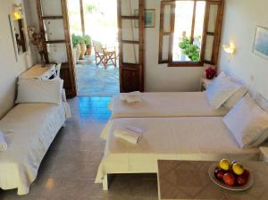 Manos Studios, Apartments  Platis Yialos Mykonos - big - 27