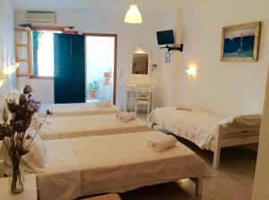 Manos Studios, Apartments  Platis Yialos Mykonos - big - 34