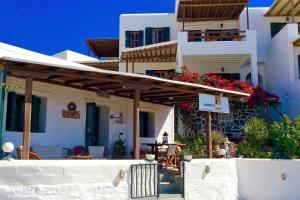 Manos Studios, Apartments  Platis Yialos Mykonos - big - 69