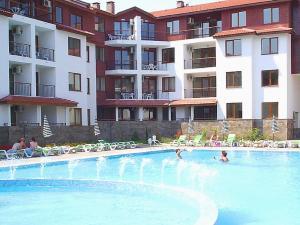 B44 Apollon Complex, Apartments  Ravda - big - 46