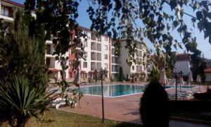 B44 Apollon Complex, Apartments  Ravda - big - 24