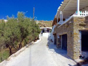 Manos Studios, Apartments  Platis Yialos Mykonos - big - 52