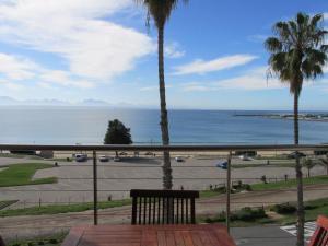 Point Village Accommodation - Santos 41, Apartmány  Mossel Bay - big - 6
