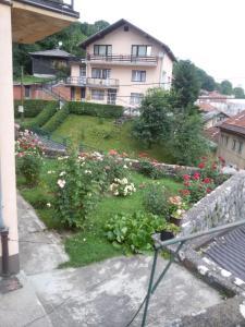 Guest house Ema, Vendégházak  Szarajevó - big - 3