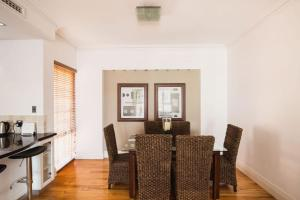 James Henty, Apartmány  Fremantle - big - 7