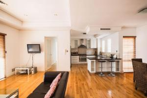 James Henty, Apartmány  Fremantle - big - 8