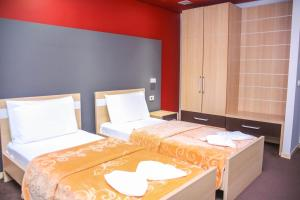 Hotel Vila Aeroport, Отели  Ринас - big - 19