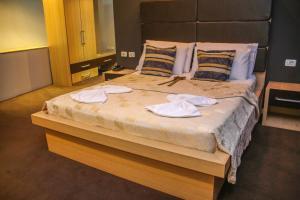Hotel Vila Aeroport, Отели  Ринас - big - 29