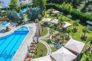 Hotel Vila Aeroport, Отели  Ринас - big - 51
