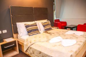 Hotel Vila Aeroport, Отели  Ринас - big - 25