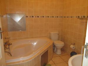 Point Village Accommodation - Vista Bonita 50, Apartments  Mossel Bay - big - 2