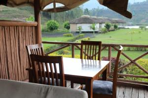 Lake Chahafi Resort, Luxury tents  Kisoro - big - 25