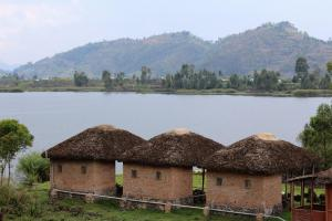 Lake Chahafi Resort, Luxury tents  Kisoro - big - 29